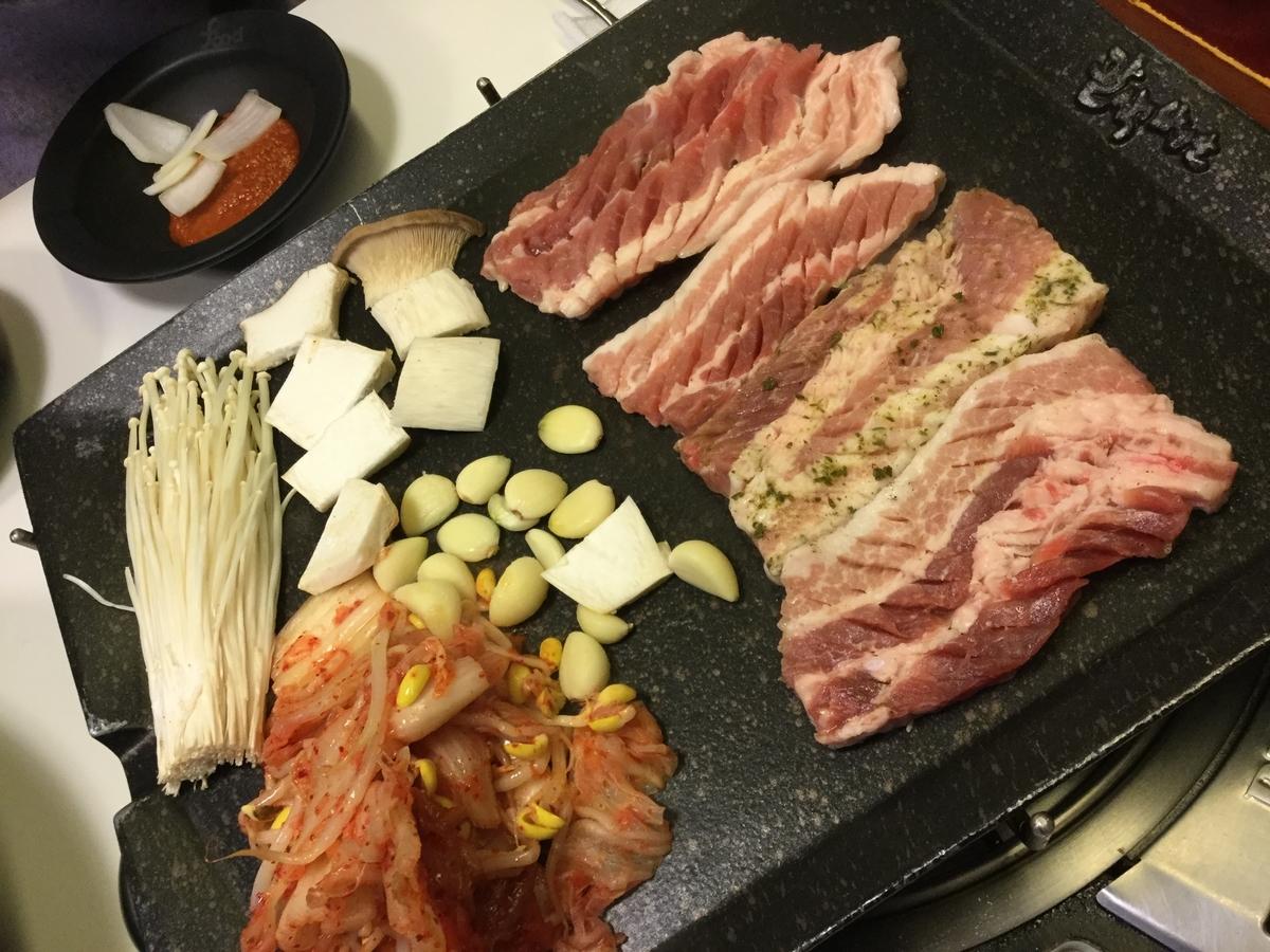 八色サムギョプサル 韓国グルメ チェーン店 ソウル