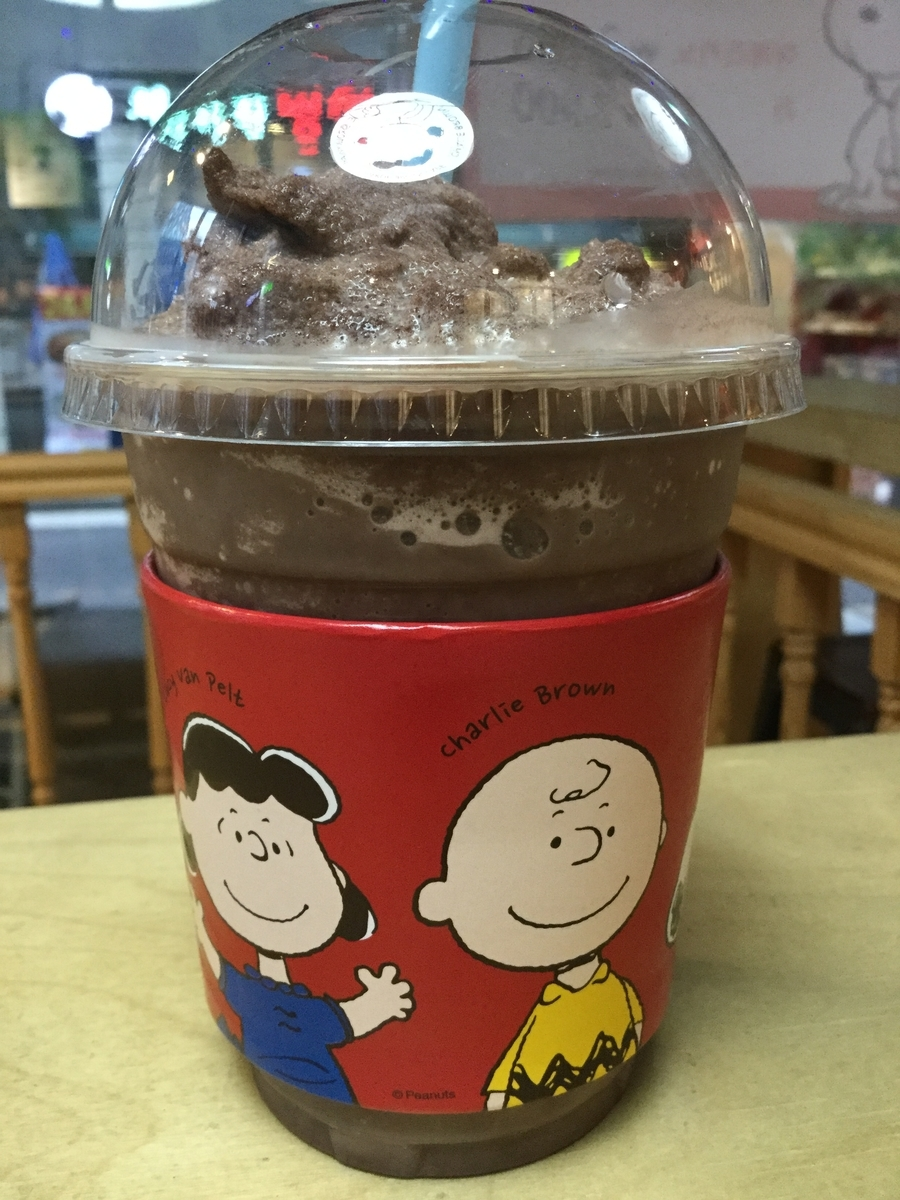 韓国 江南 カンナム カフェ チャーリーブラウンカフェ