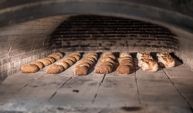 直焼きのパン