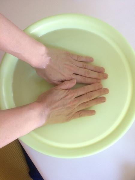 手のひらを冷やす
