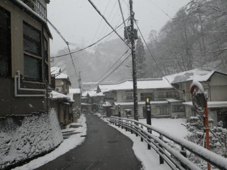f:id:sanukimichiru:20111223125945j:image