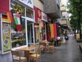 準決勝の日の近所。なぜかヨルダン国旗