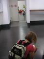 そんな下にはクリムトの壁画。子どもがスケッチ中