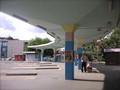 パステルカラーのバスステーション