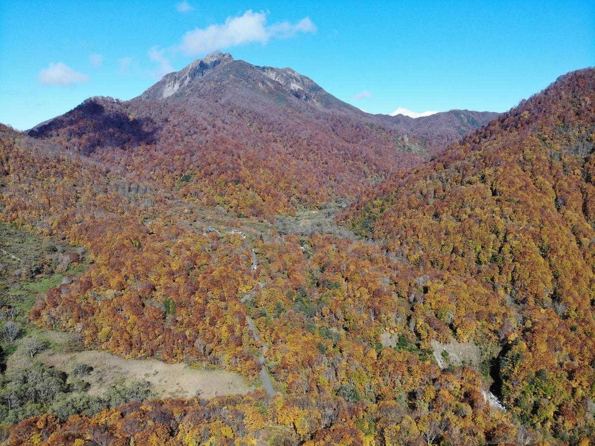 毎年恒例の雨飾山の紅葉を楽しみに