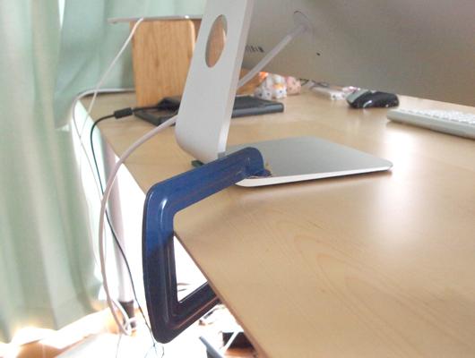 iMacの地震対策