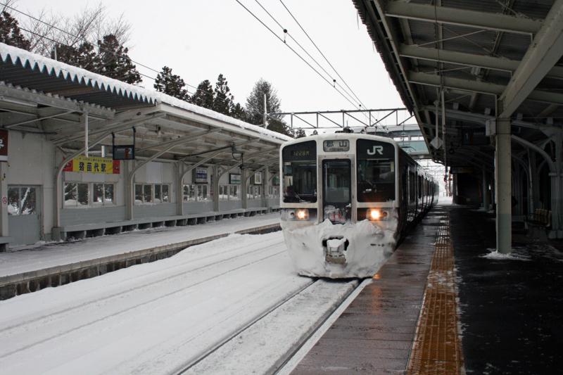 福島県・磐越西線猪苗代駅