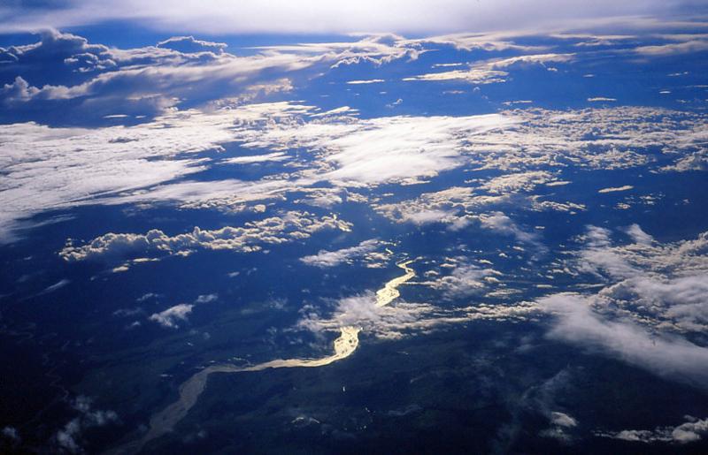雲海・ニューギニア上空-87.11-