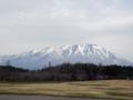 小岩井牧場から岩木山-13.04-