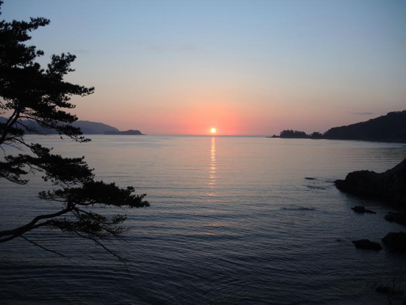 朝陽(大槌町浪板海岸)-1-14.04
