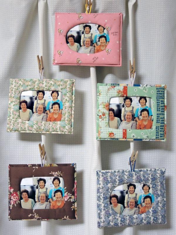 「花っこ隊」にプレゼントの布フォトフレーム-1-14.09