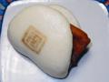 角煮まんじゅう(長崎・岩崎本舗)-2-16.01