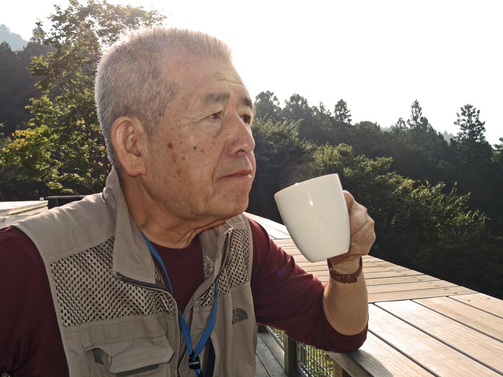 自画像(箱根山テラス)-1-16.09