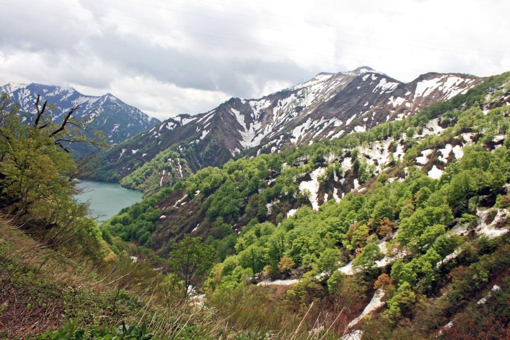 田子倉湖(福島県只見町)-2-17.05