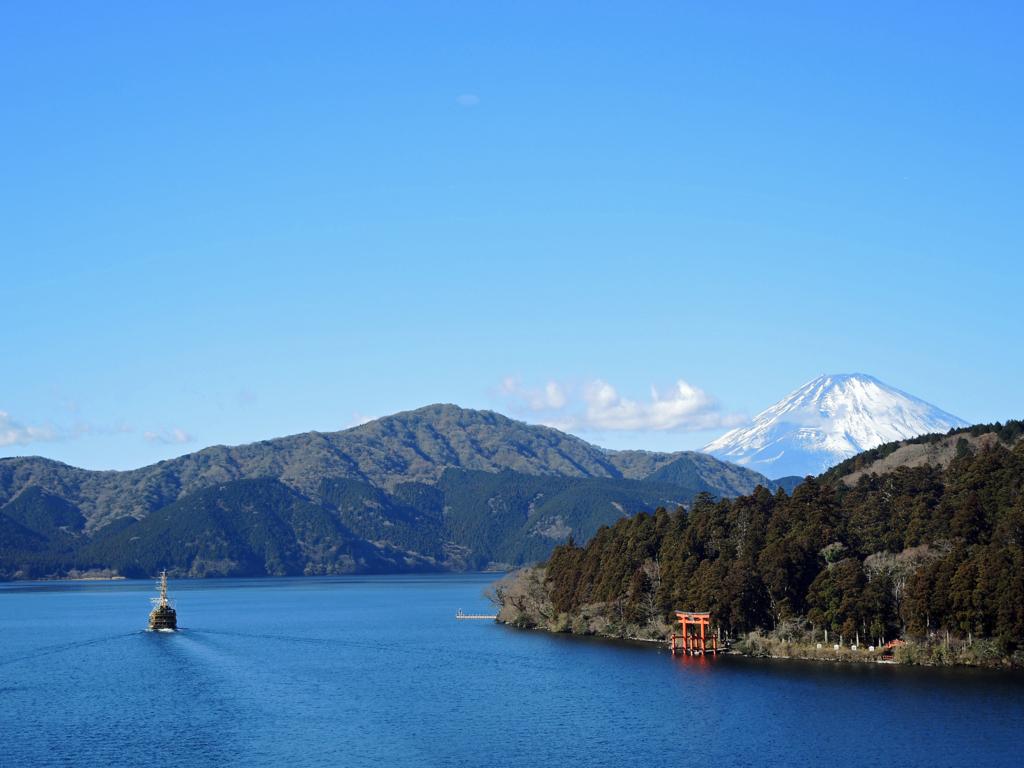 芦ノ湖の富士-1-