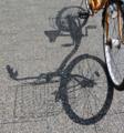 自転車の影-2-18.04