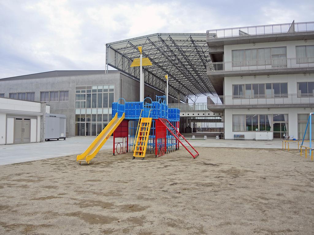 閖上小中学校(名取市)-3-18.09