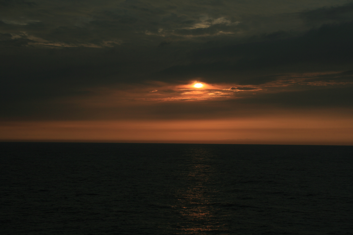 洋上の日の出(さんふらわー)-3-18.09