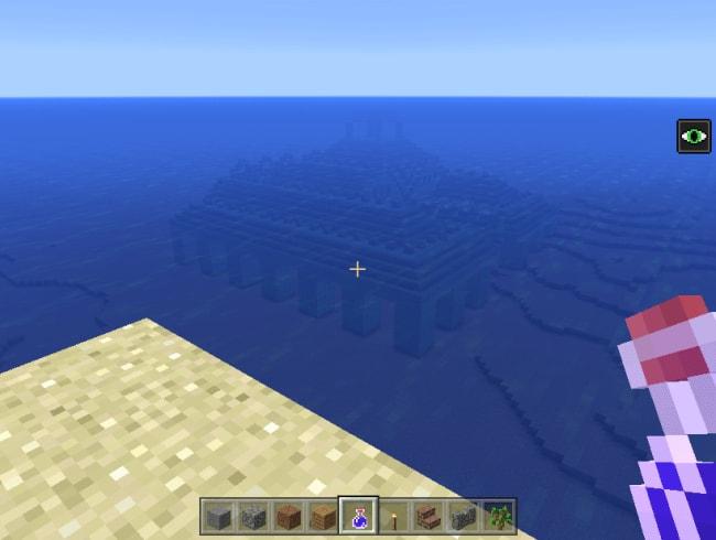 海の中をよく見れば海底神殿が
