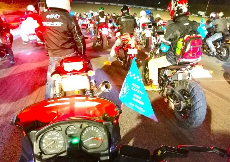 モトGPバイクパレードの風景