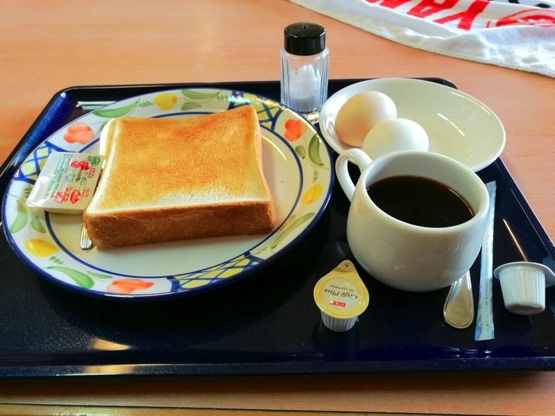 伊豆大島の御神火温泉の朝食