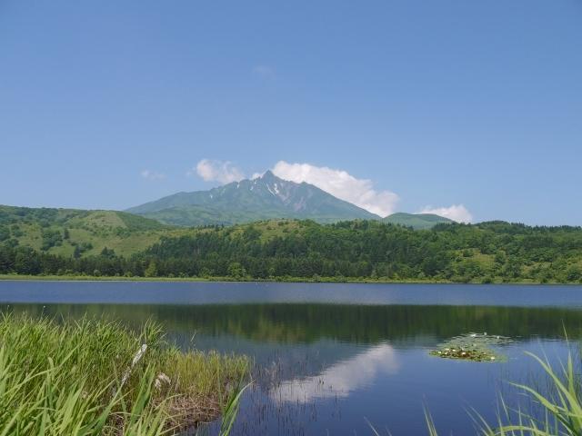 利尻島のオタトマリ沼