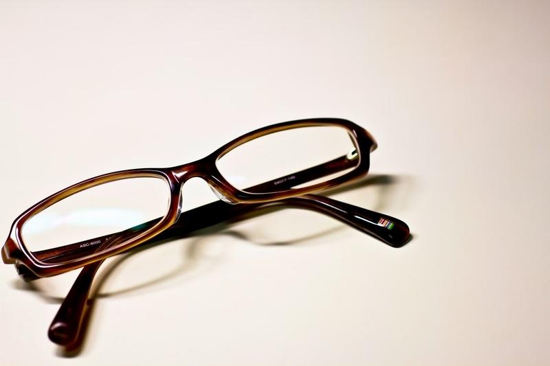 メガネをしたままVRゴーグルを使えるのかのイメージ画像