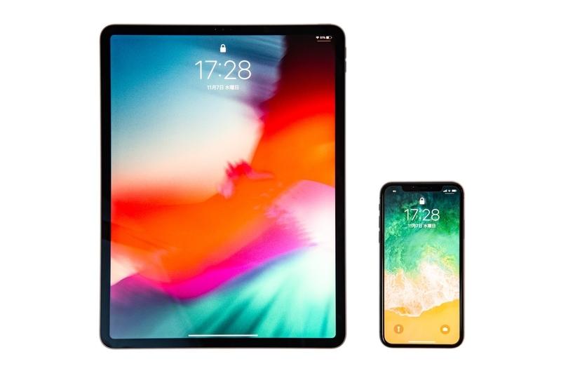 スマートフォン(iPhone)とタブレット(iPad)