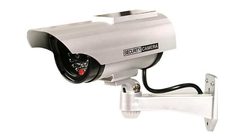 ダミー防犯カメラの例