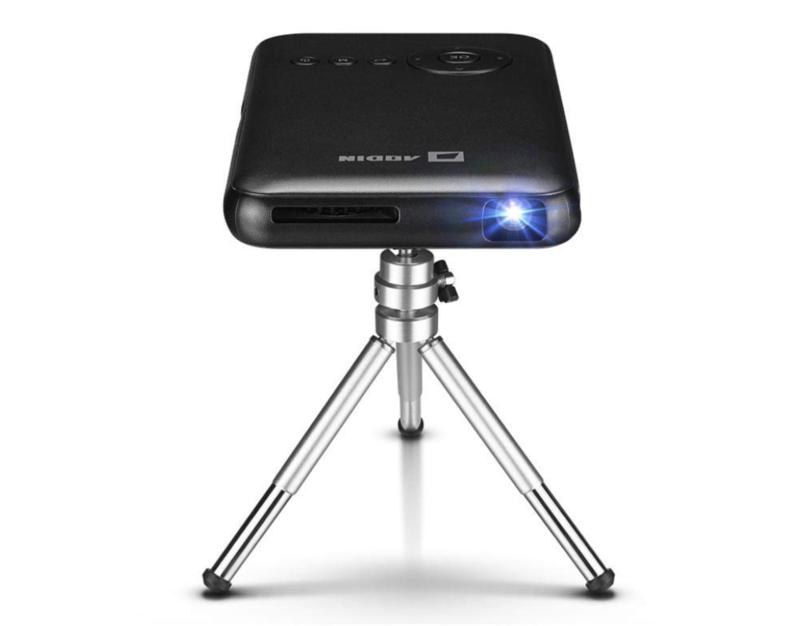 Wi-Fi接続対応プロジェクター「AODIN モバイル DLP ミニ プロジェクター」