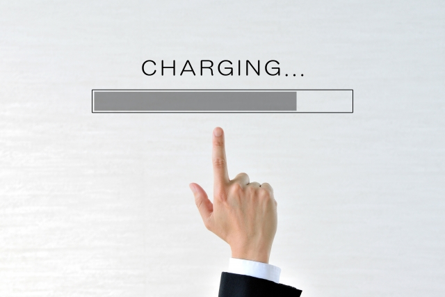 ポータブル電源のバッテリー充電イメージ