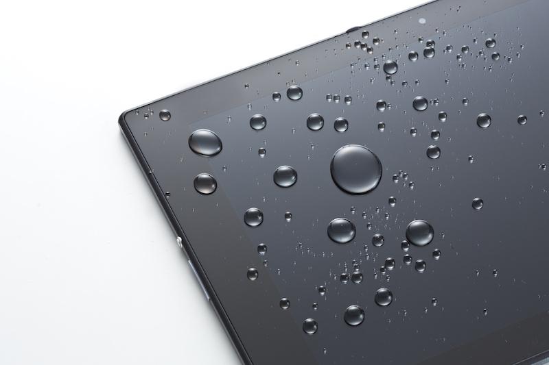 防水対応Androidスマートフォン