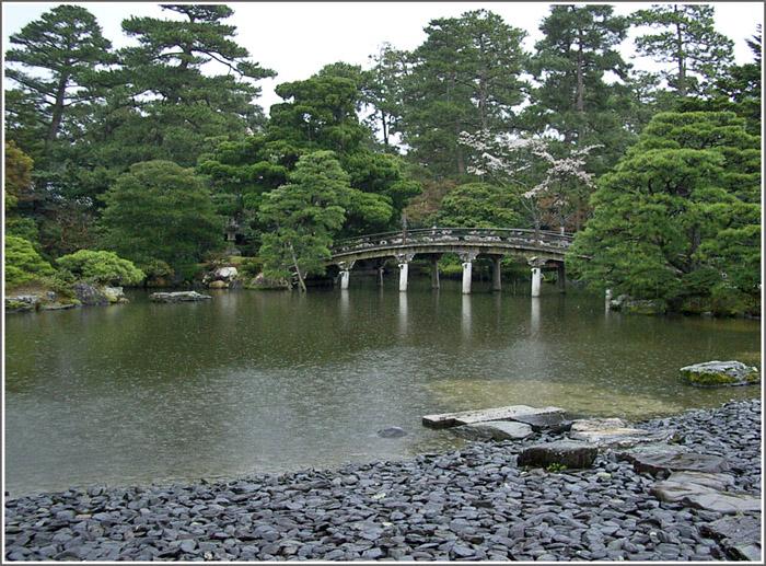 f:id:sasurai1:20200415105536j:plain