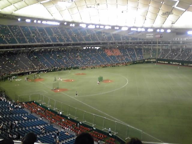 2階の端の方の席は初めてな気がする #giants #kyojin