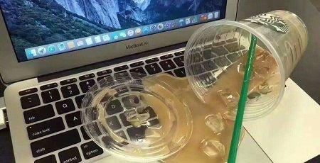た 水 ノート パソコン こぼし