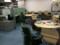 一番右側。左にコーヒーメーカー。右手前側にこれまでの丸机、真ん中