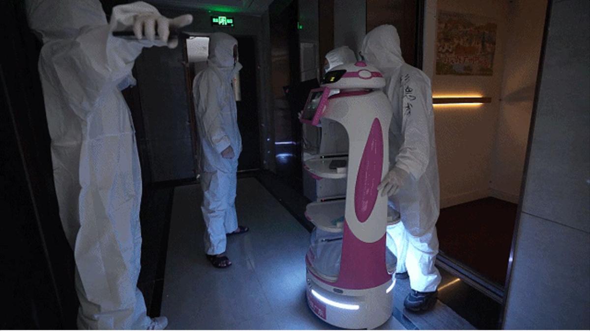 各部屋に物資を送る碧佳園のロボット(出典:碧佳園)