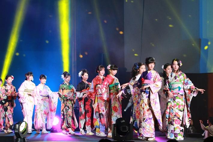 【VR動画付き】目指すは未来のスーパーモデル!キッズファッションショー「Japan Kids Collection 2018」ソフトバンク特別賞決定!