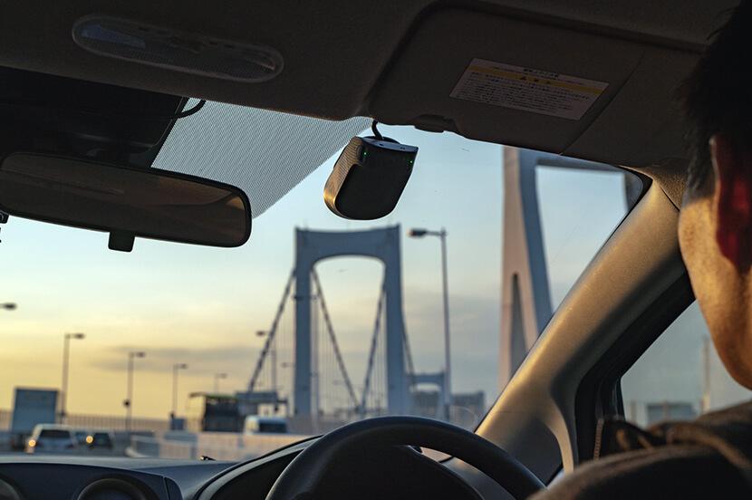 ながら運転を未然に防ぐ「ドラレコを超えたドラレコ」ナウトのAI搭載ドライブレコーダーを体験してきた