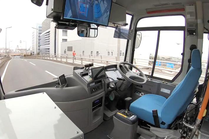 未来のクルマは生活を変えて、地方も救う!?自動運転の技術が解決できる課題をITライターが予想してみた