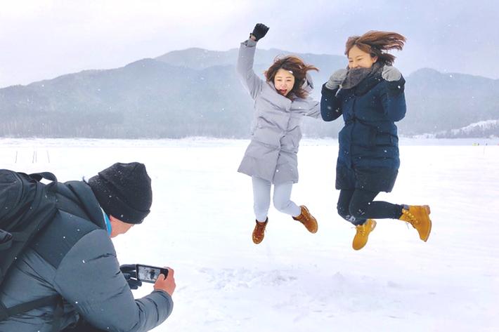 【①人物と風景編】プロカメラマン直伝! スマホで旅行写真を美しく撮るテクニック(北海道 十勝・帯広)