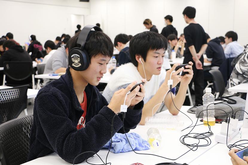 高校生たちがスマホで真剣勝負! 関東eスポーツ高校センバツ大会が開催されました