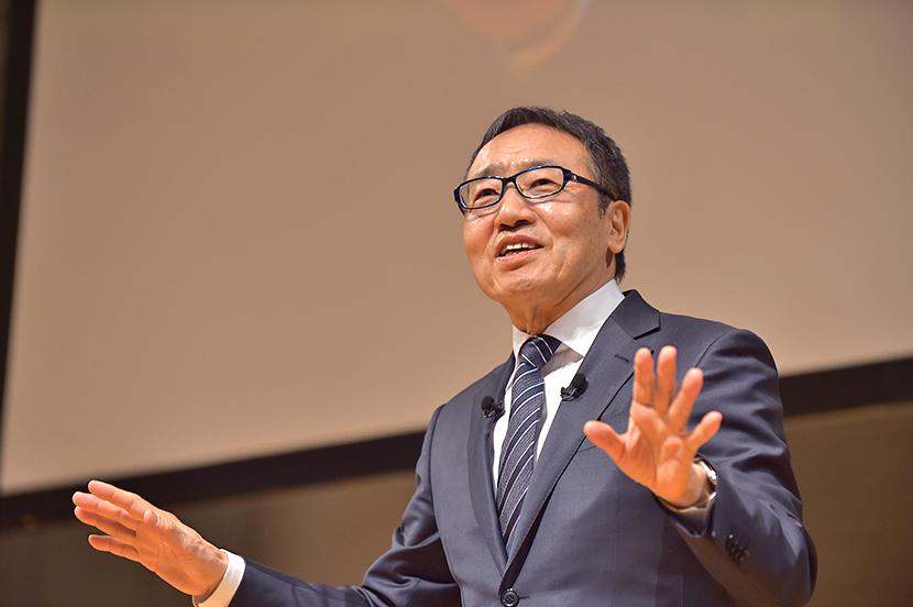 ソフトバンク株式会社 代表取締役社長 兼 CEO 宮内 謙