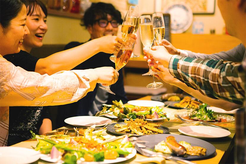AIタクシー配車アプリのDiDiを使って華麗なるハシゴ酒。奥渋谷から下北沢へ、大人のナイトクルーズ!