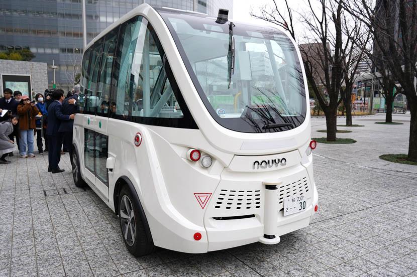 境町が導入する自律走行バス「NAVYA ARMA(ナビヤ アルマ)」(仏Navya社製)は、各国での豊富な運行実績を持っている
