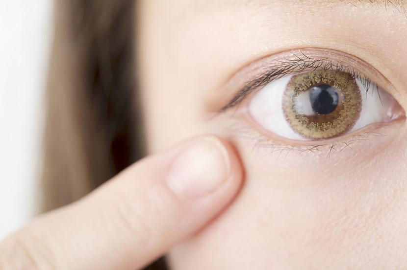 事例③:ストーカー被害 「瞳に映った風景から自宅を特定して……」