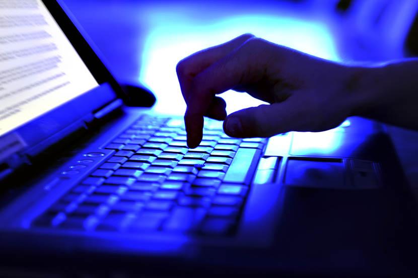 ネット社会の誹謗中傷事情とは。専門家に聞くコメントマナーと、Yahoo!ニュースのAI活用最前線