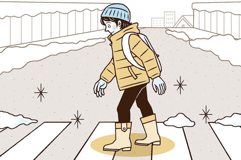 大量に積もった雪道の歩行…。災害時の対策と事前の備え -防災行動ガイド