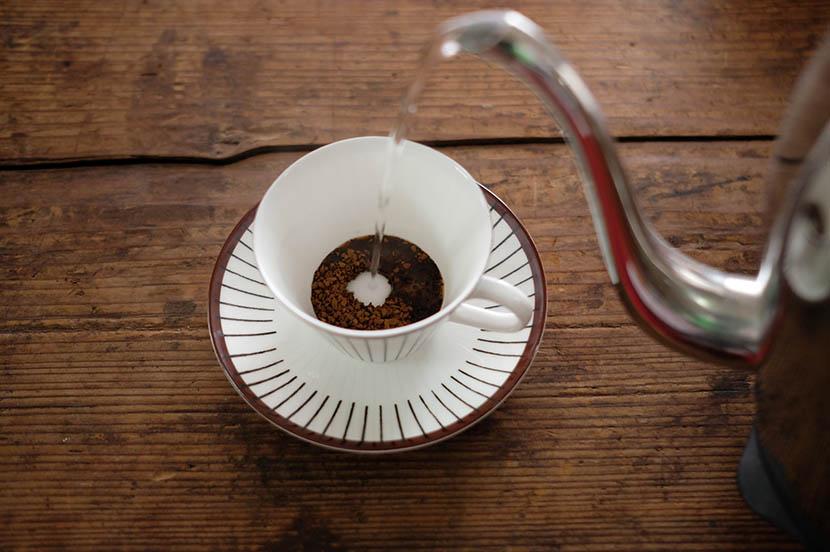 ちょっとしたひと工夫で、忙しいときの味方「インスタントコーヒー」もワンランク上の味に