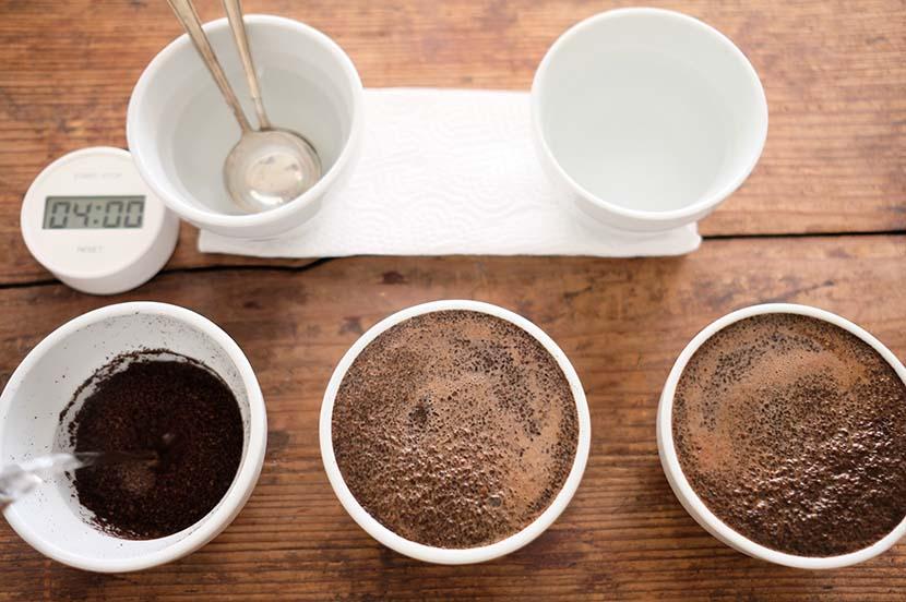 プロも実践する、究極のシンプルさ。自宅にあるものでできる、おいしいコーヒーの淹れ方